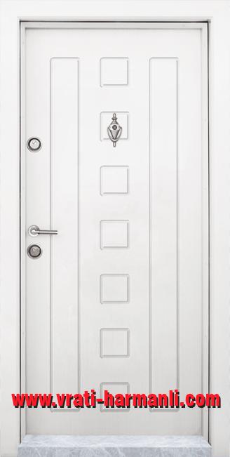Блиндирана входна врата, модел Т 712, цвят Бял